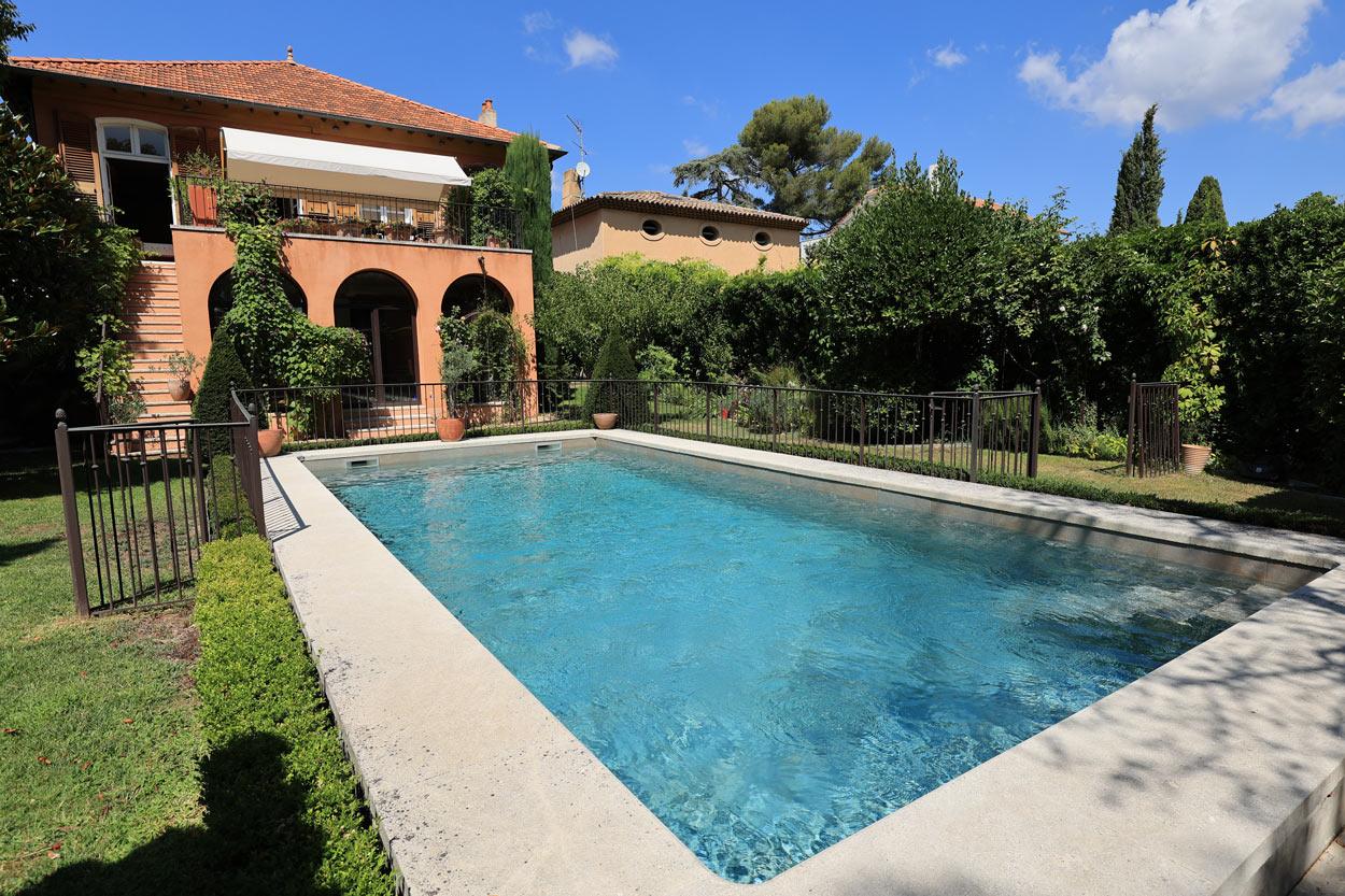 rénovation-piscine-béton-aix en provence